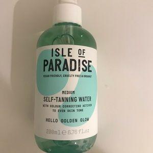 Isle of Paradise self tanning water shade medium